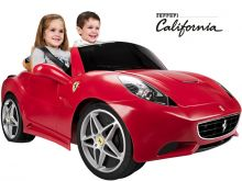 Feber Ferrari California 12v Ride On Car